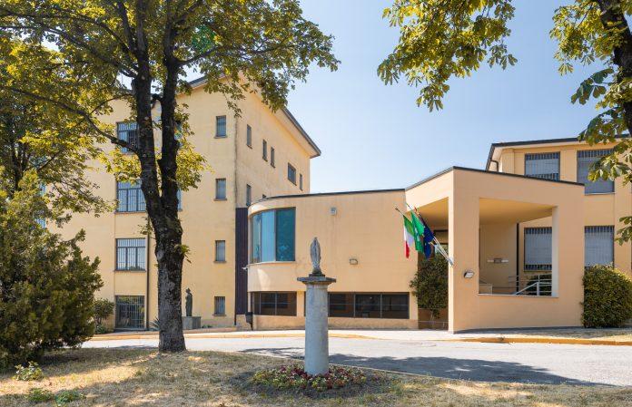 Scappano in due dall'ex Opg di Castiglione: uno preso a Brescia