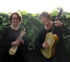 Talia Benasi ed Anna Compagnoni.